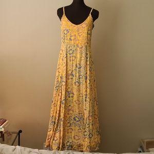 Las Manos Indonesian Print Maxi Dress Size Medium